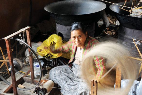 myanmar-tradition lifestyle