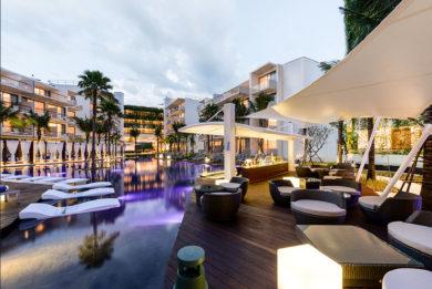 Dream-Dream-pool-hotel