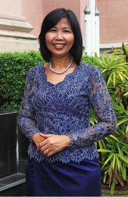 A-visit-women-blue-dress