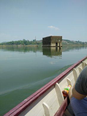 My-Lake-House-River
