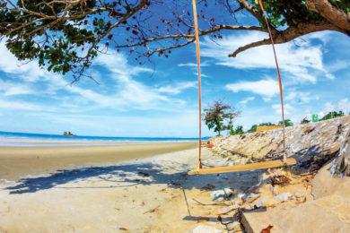 mae phim-sand beach