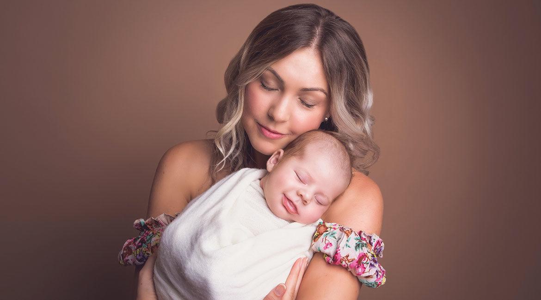 motherhood-love for the baby