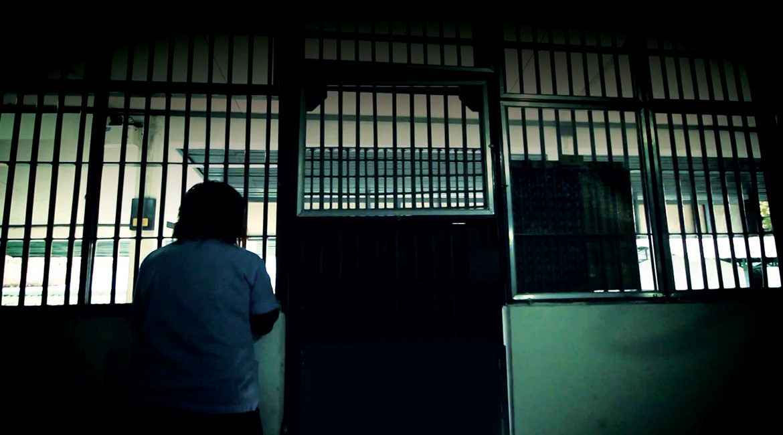 prisoner in bangkok-behind the bars