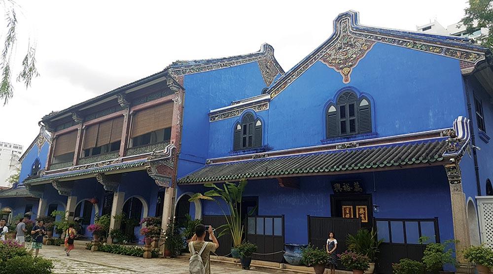 oops Visa run to Penang blue house