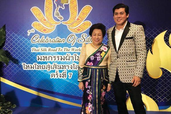Thai silk fashion show with fashion designer Oliver Tolentino