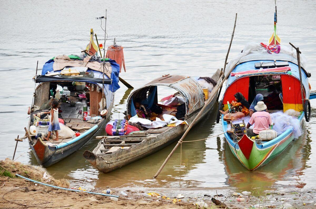 Phnom Penh-river-boat