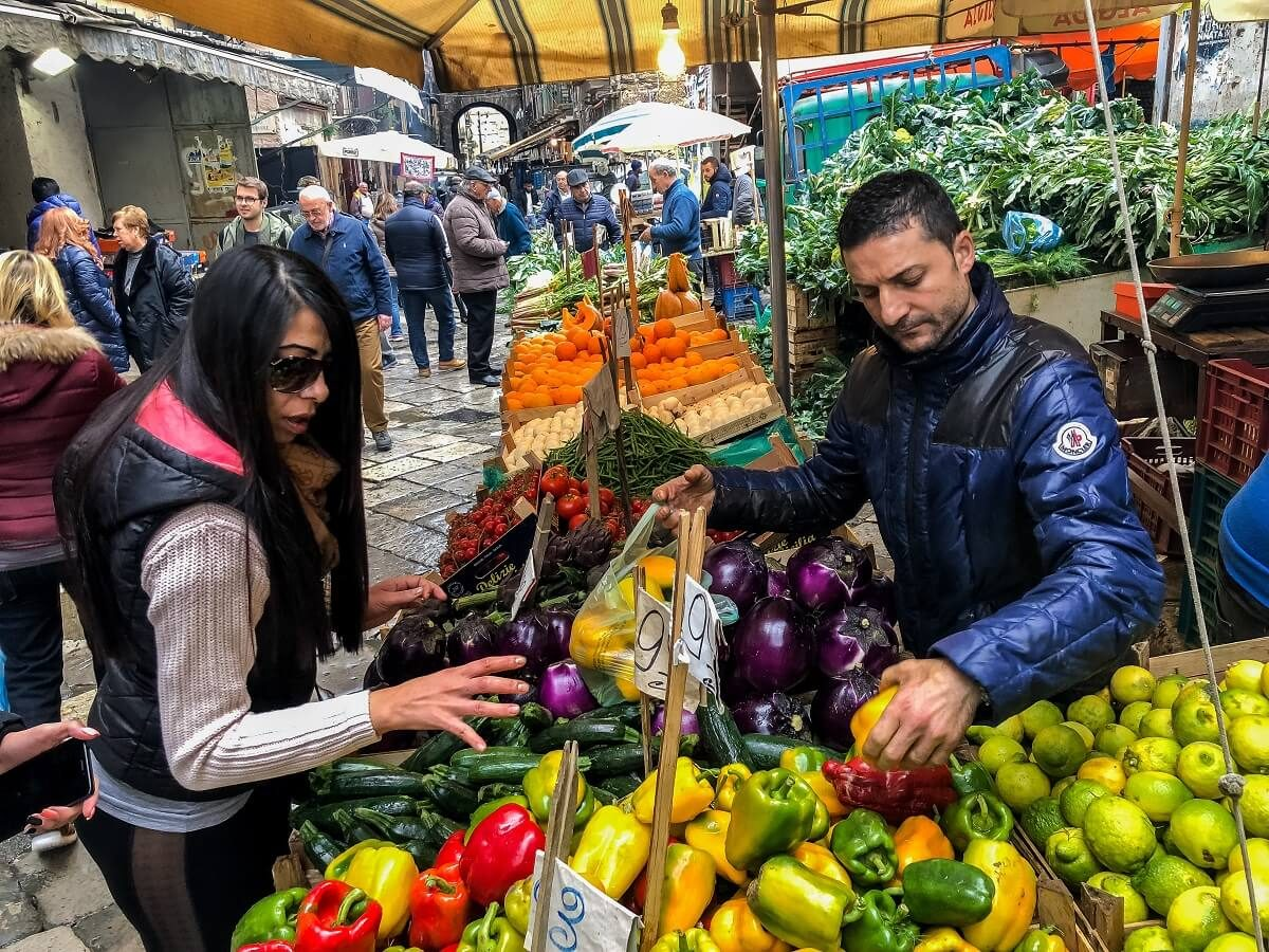 Palermo-fruit-stall