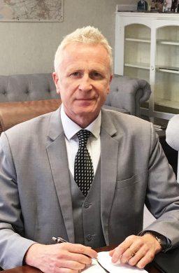 Mr Mike Walton